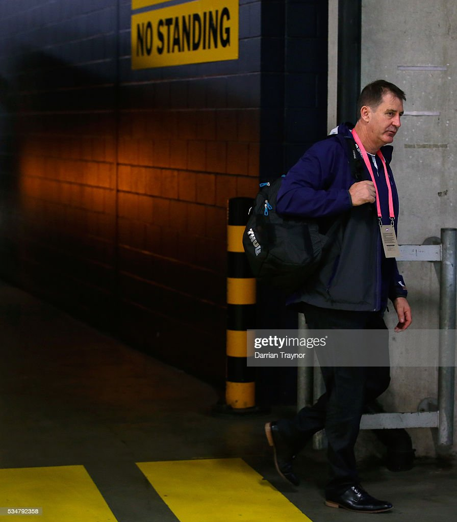Ross Lyon, Senior Coach of the Dockers arrives before the round 10 AFL match between the St Kilda Saints and the Fremantle Dockers at Etihad Stadium on May 28, 2016 in Melbourne, Australia.