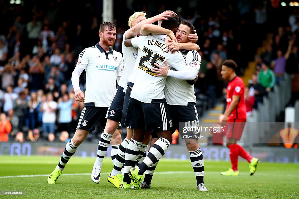 <a gi-track='captionPersonalityLinkClicked' href=/galleries/search?phrase=Ross+McCormack+-+Soccer+Player&family=editorial&specificpeople=13496004 ng-click='$event.stopPropagation()'>Ross McCormack</a> of Fulham celebrates his goal during the Sky Bet Football League Championship match between Fulham and Blackburn Rovers at Craven Cottage on September 13, 2015 in London, England.