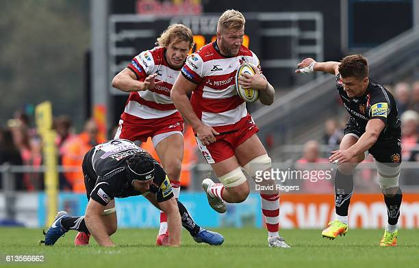 Ross Moriarty of Gloucester breaks with the ball during the Aviva Premiership match between Exeter Chiefs and Gloucester at Sandy Park on October 8...
