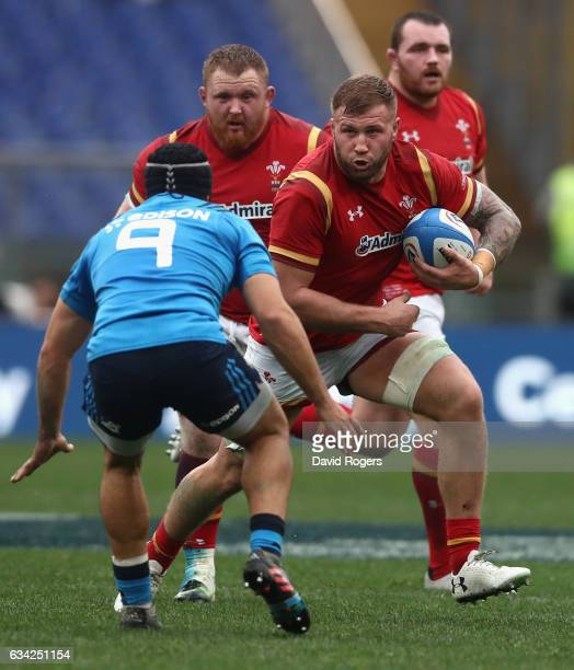 Ross Moriarty of Wales takes on Edgardo Gori during the RBS Six Nations match between Italy and Wales at Stadio Olimpico on February 5 2017 in Rome...