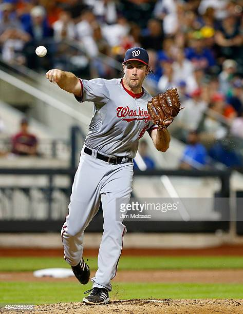 Ross Ohlendorf of the Washington Nationals in action against the New York Mets at Citi Field on June 28 2013 in the Flushing neighborhood of the...