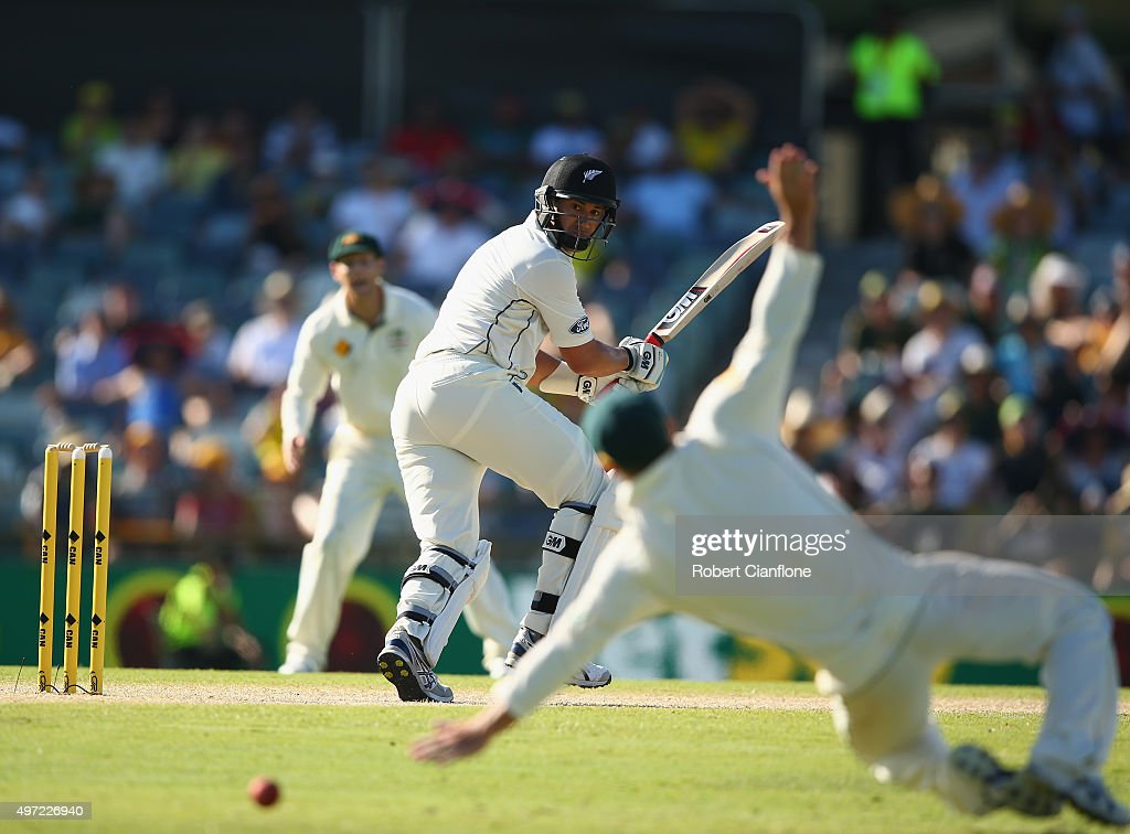 <a gi-track='captionPersonalityLinkClicked' href=/galleries/search?phrase=Ross+Taylor&family=editorial&specificpeople=845922 ng-click='$event.stopPropagation()'>Ross Taylor</a> of New Zealand gets his shot past <a gi-track='captionPersonalityLinkClicked' href=/galleries/search?phrase=David+Warner+-+Cricketer&family=editorial&specificpeople=4262255 ng-click='$event.stopPropagation()'>David Warner</a> of Australia during day three of the second Test match between Australia and New Zealand at the WACA on November 15, 2015 in Perth, Australia.