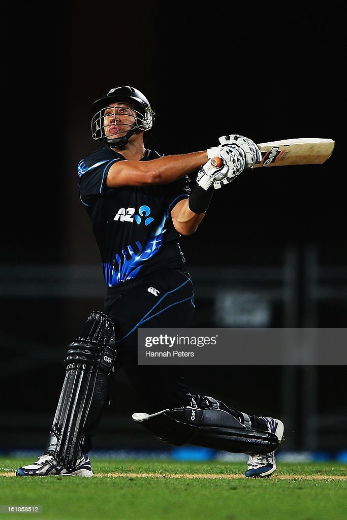 <a gi-track='captionPersonalityLinkClicked' href=/galleries/search?phrase=Ross+Taylor&family=editorial&specificpeople=845922 ng-click='$event.stopPropagation()'>Ross Taylor</a> of New Zealand pulls the ball away for four runs during the 1st T20 International between New Zealand and England at Eden Park on February 9, 2013 in Auckland, New Zealand.