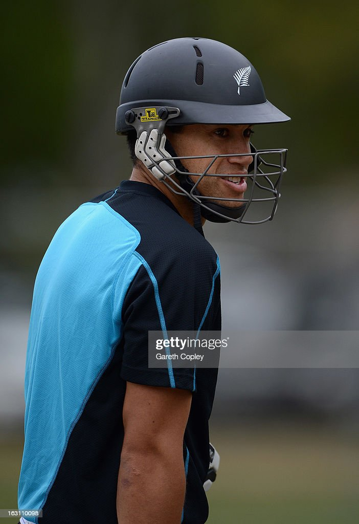<a gi-track='captionPersonalityLinkClicked' href=/galleries/search?phrase=Ross+Taylor&family=editorial&specificpeople=845922 ng-click='$event.stopPropagation()'>Ross Taylor</a> of New Zealand waits to bat during an nets session at the University Oval on March 5, 2013 in Dunedin, New Zealand.