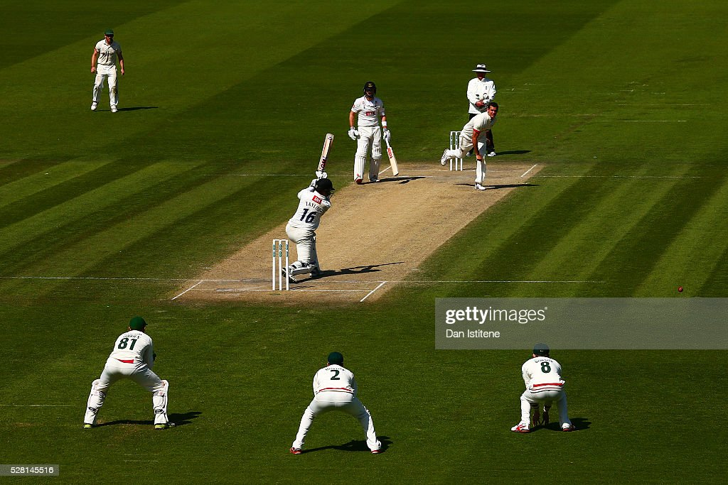 Ross Taylor of Sussex bats during the Specsavers County Championship Division Two match between Sussex and Leicestershire at The 1st Central County Ground on May 4, 2016 in Hove, England.
