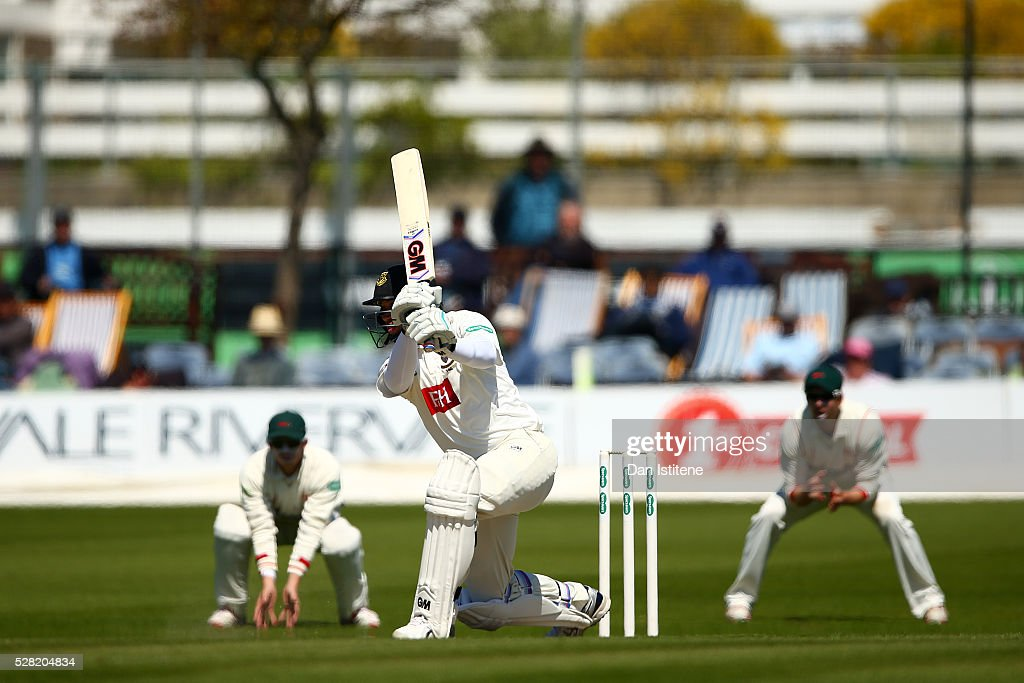 <a gi-track='captionPersonalityLinkClicked' href=/galleries/search?phrase=Ross+Taylor&family=editorial&specificpeople=845922 ng-click='$event.stopPropagation()'>Ross Taylor</a> of Sussex bats during the Specsavers County Championship Division Two match between Sussex and Leicestershire at The 1st Central County Ground on May 4, 2016 in Hove, England.