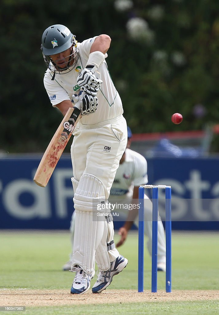 <a gi-track='captionPersonalityLinkClicked' href=/galleries/search?phrase=Ross+Taylor&family=editorial&specificpeople=845922 ng-click='$event.stopPropagation()'>Ross Taylor</a> of the Stags bats on day one of the Plunket Shield match between the Auckland Aces and the Central Stags January 30, 2013 in Auckland, New Zealand.