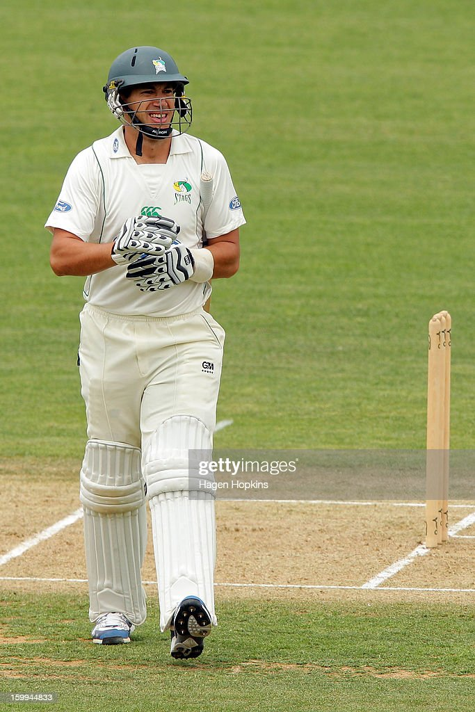 <a gi-track='captionPersonalityLinkClicked' href=/galleries/search?phrase=Ross+Taylor&family=editorial&specificpeople=845922 ng-click='$event.stopPropagation()'>Ross Taylor</a> of the Stags leaves the field after being dismissed during the Plunket Shield match between the Central Stags and the Cantebury Wizards at McLean Park on January 24, 2013 in Napier, New Zealand.