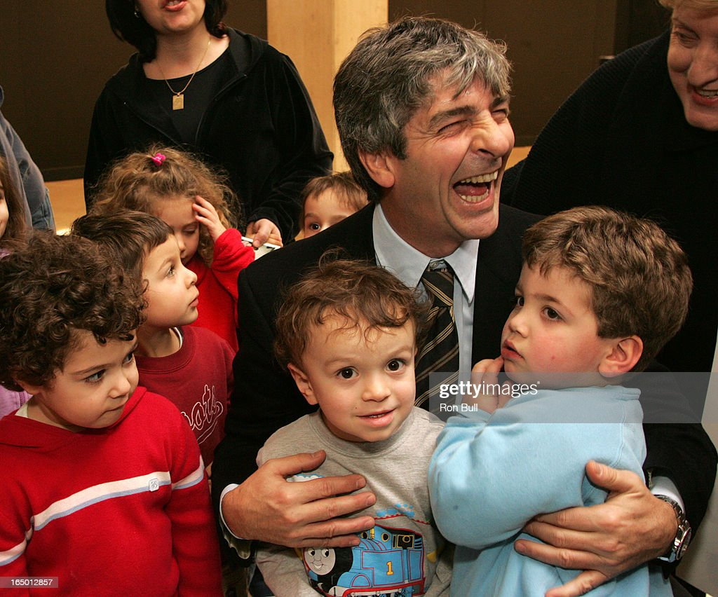 rossi RB03 01 25 06 former Italian soccer star Paolo Rossi visits