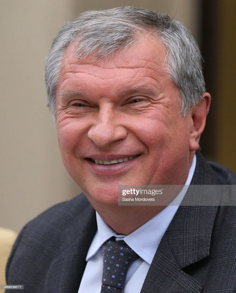 Rosteft President <a gi-track='captionPersonalityLinkClicked' href=/galleries/search?phrase=Igor+Sechin&family=editorial&specificpeople=756791 ng-click='$event.stopPropagation()'>Igor Sechin</a> attends a meeting in Novo-Ogaryovo State Residence on September 22, 2015 in Moscow, Russia. Putin has gathered top officials and lawnmakers to discuss next year's budjet draft.