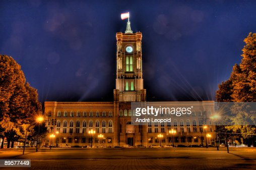 Rotes Rathaus : Stock Photo