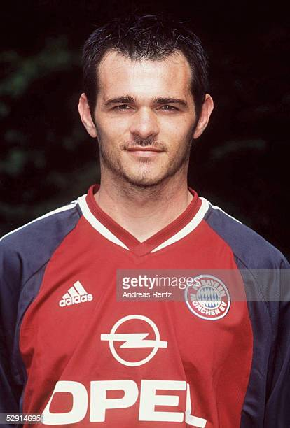 1 BUNDESLIGA 01/02 Rothenburg/Wuemme FC BAYERN MUENCHEN Willy SAGNOL