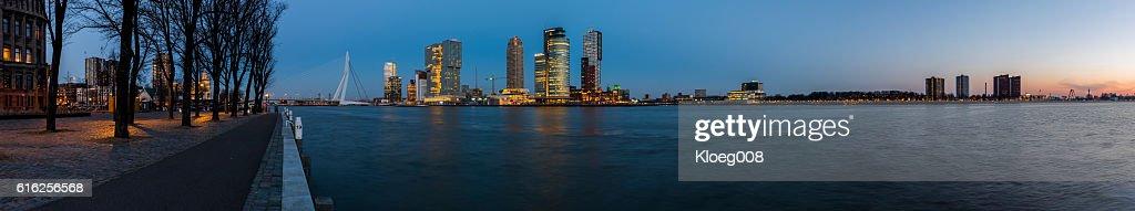 Rotterdam Large Panoaramic View from Westerkade : Foto de stock