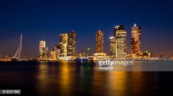 Rotterdam Wilhelmina Pier at Night : Foto de stock