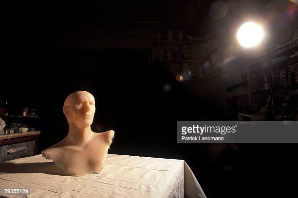 A rough silicone model of Otzi's head by anthropological sculptress Elisabeth Daynes on October 1 1997 in Paris France Otzi is the name given to the...