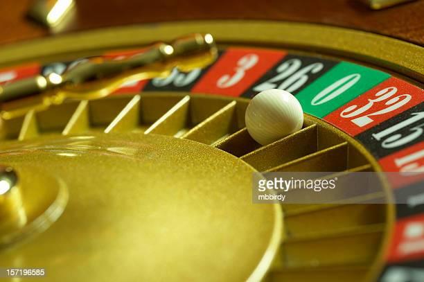 *** Sperem *** 13th sezione _ - Pagina 5 Roulette-wheel-green-zero-picture-id157196585?s=612x612