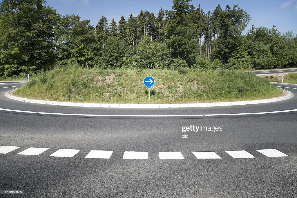 Roundabout, country road