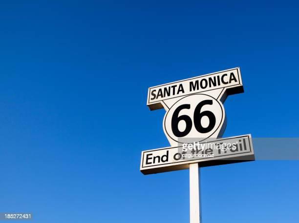 Route 66 の標識
