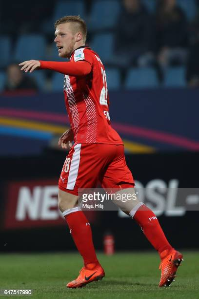 Rouwen Hennings of Duesseldorf celebrates scoring his goal during the Second Bundesliga match between VfL Bochum 1848 and Fortuna Duesseldorf at...