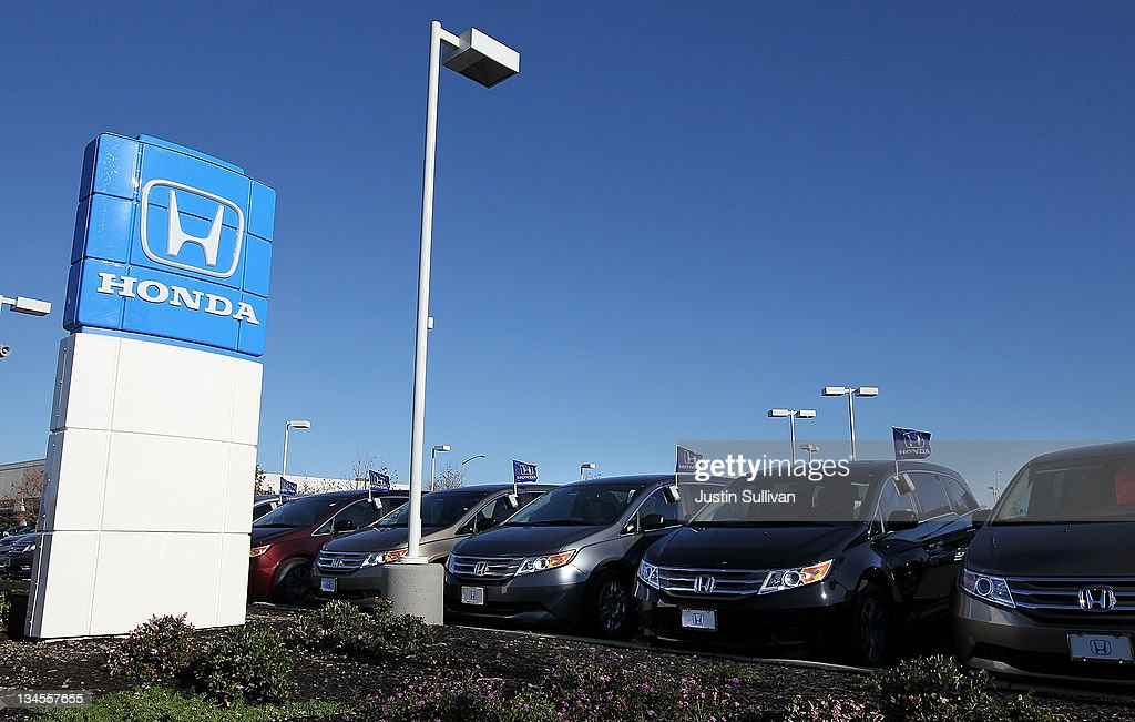 A row of brand new Honda Odysseys are displayed at Marin Honda on December 2, 2011 in San Rafael, California. Honda Motor Co. announced today that they are recalling 304,000 vehicles around the globe for a possible airbag malfunction in Accord, Civic, Odyssey, Pilot, CR-V and other models that were manufactured between 2001 and 2002.