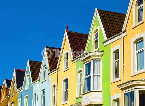 Fila di case inglesi foto stock thinkstock for Case inglesi foto