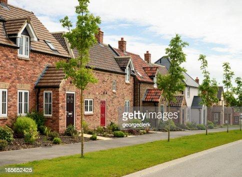 Fila di case moderne
