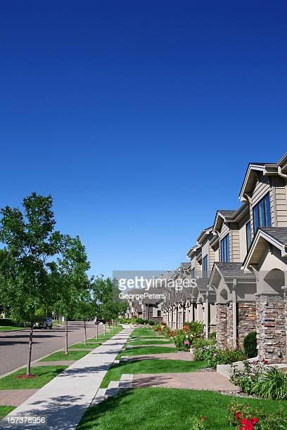 Zeile der Vororte Residenzen