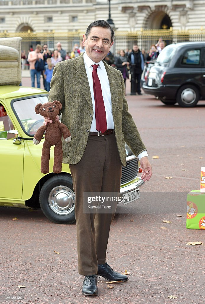 Mr Bean Celebrates 25 Years With A Trip To Buckingham Palace