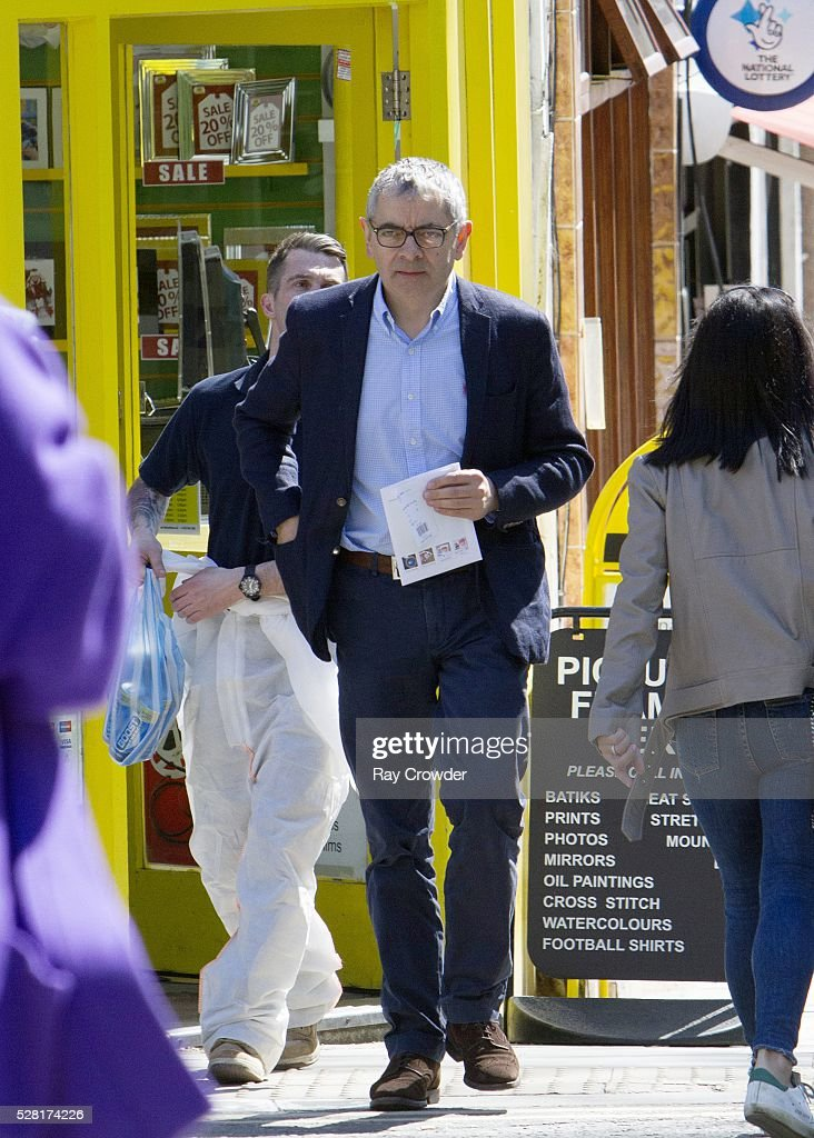 <a gi-track='captionPersonalityLinkClicked' href=/galleries/search?phrase=Rowan+Atkinson&family=editorial&specificpeople=206215 ng-click='$event.stopPropagation()'>Rowan Atkinson</a> seen shopping in North London on May 4, 2016 in London, United Kingdom.