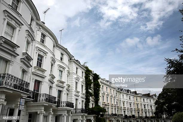 Rows of luxury residential properties stand on Lansdowne Crescent in the Kensington and Chelsea district of London UK on Monday Aug 10 2015 Buytolet...