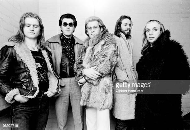 Roxy Music posed in London in 1972 LR Paul Thompson Bryan Ferry Andy Mackay Phil Manzanera Brian Eno