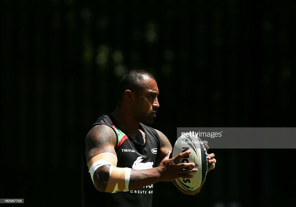 <a gi-track='captionPersonalityLinkClicked' href=/galleries/search?phrase=Roy+Asotasi&family=editorial&specificpeople=167229 ng-click='$event.stopPropagation()'>Roy Asotasi</a> warms up during a South Sydney Rabbitohs NRL training session at the National Centre for Indigenous Excellence on February 19, 2013 in Sydney, Australia.
