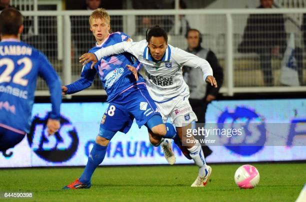 Roy CONTOUT / Daniel WASS Auxerre / Evian Thonon 28eme journee de Ligue 1 Photo Dave Winter / Icon Sport