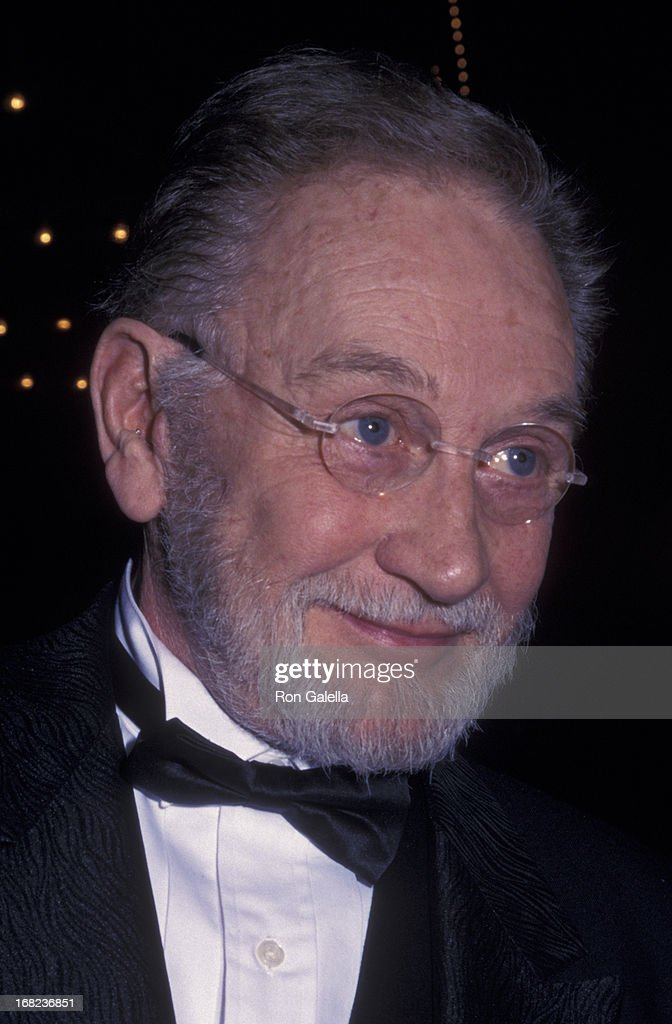 Roy Dotrice attends the opening of 'A Moon for the Misbegotten' on March 19, 2000 at the Walter Kerr Theater in New York City.