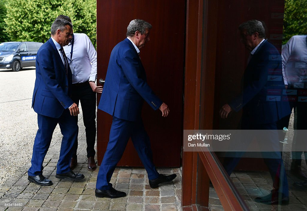 <a gi-track='captionPersonalityLinkClicked' href=/galleries/search?phrase=Roy+Hodgson&family=editorial&specificpeople=881703 ng-click='$event.stopPropagation()'>Roy Hodgson</a> (C) and Martin Glenn (L), CEO of the FA arrive for a press conference on June 28, 2016 in Chantilly, France.