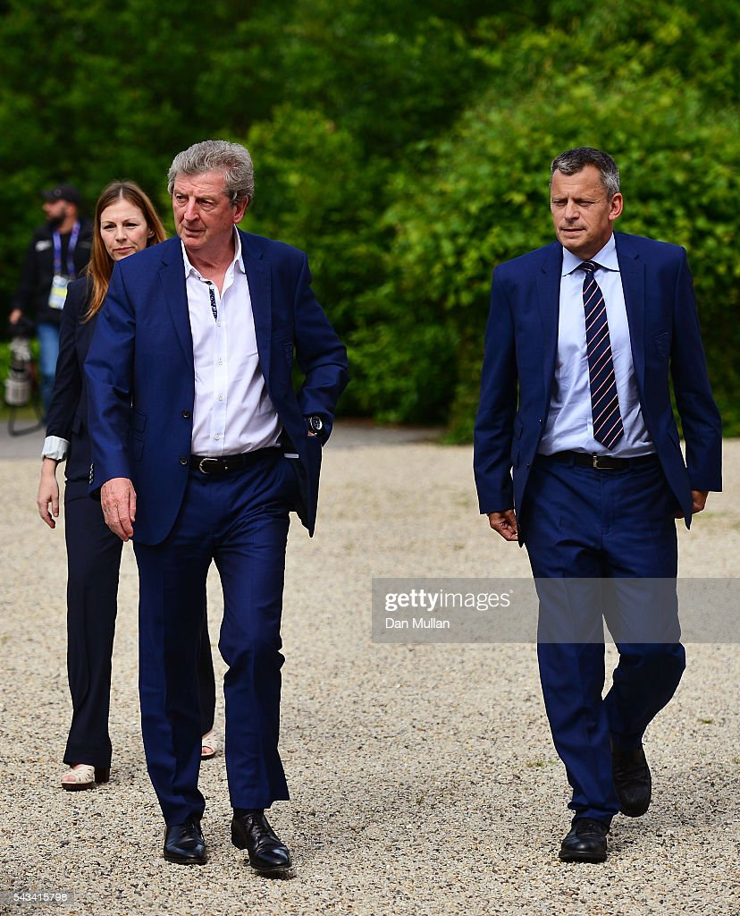 <a gi-track='captionPersonalityLinkClicked' href=/galleries/search?phrase=Roy+Hodgson&family=editorial&specificpeople=881703 ng-click='$event.stopPropagation()'>Roy Hodgson</a> (L) and <a gi-track='captionPersonalityLinkClicked' href=/galleries/search?phrase=Martin+Glenn&family=editorial&specificpeople=3632504 ng-click='$event.stopPropagation()'>Martin Glenn</a> (R), CEO of the FA arrive for a press conference on June 28, 2016 in Chantilly, France.