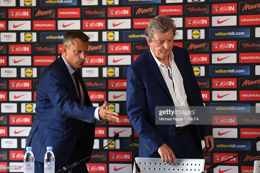 <a gi-track='captionPersonalityLinkClicked' href=/galleries/search?phrase=Roy+Hodgson&family=editorial&specificpeople=881703 ng-click='$event.stopPropagation()'>Roy Hodgson</a> (R) and <a gi-track='captionPersonalityLinkClicked' href=/galleries/search?phrase=Martin+Glenn&family=editorial&specificpeople=3632504 ng-click='$event.stopPropagation()'>Martin Glenn</a> (L), CEO of the FA arrive for a press conference on June 28, 2016 in Chantilly, France.