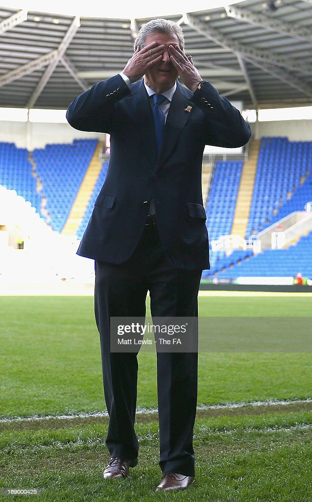 <a gi-track='captionPersonalityLinkClicked' href=/galleries/search?phrase=Roy+Hodgson&family=editorial&specificpeople=881703 ng-click='$event.stopPropagation()'>Roy Hodgson</a>, FA Legends Manager looks on during the Army FA and FA Legends Match at Madejski Stadium on May 18, 2013 in Reading, England.
