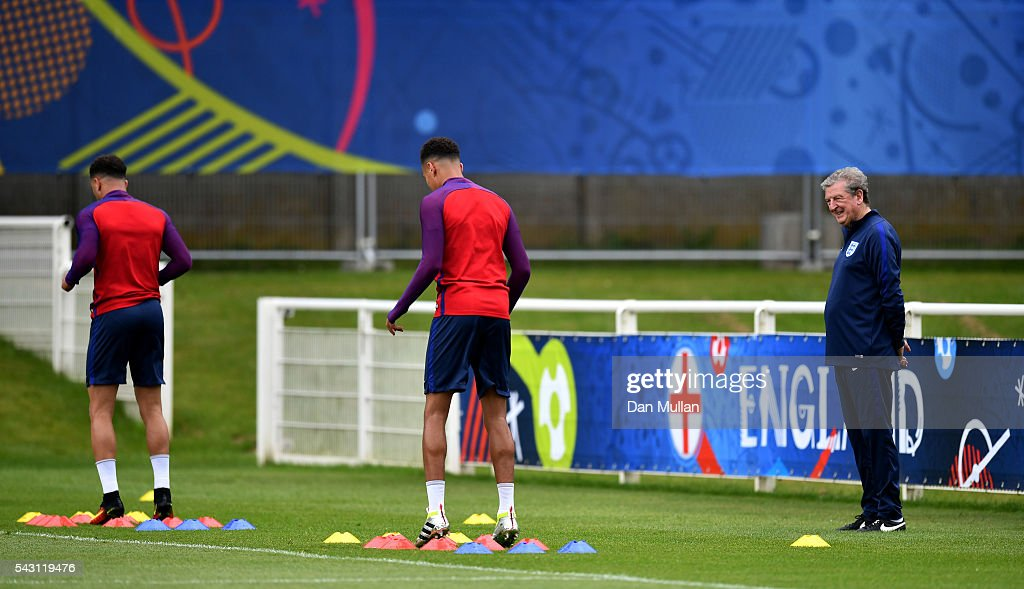 <a gi-track='captionPersonalityLinkClicked' href=/galleries/search?phrase=Roy+Hodgson&family=editorial&specificpeople=881703 ng-click='$event.stopPropagation()'>Roy Hodgson</a>, Manager of England watches his players warm up during a training session ahead of the UEFA Euro 2016 match against Iceland at Stade du Bourgognes on June 26, 2016 in Chantilly, France.