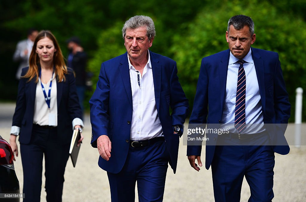 <a gi-track='captionPersonalityLinkClicked' href=/galleries/search?phrase=Roy+Hodgson&family=editorial&specificpeople=881703 ng-click='$event.stopPropagation()'>Roy Hodgson</a> (C) and Martin Glenn (R), CEO of the FA arrive for a press conference on June 28, 2016 in Chantilly, France.