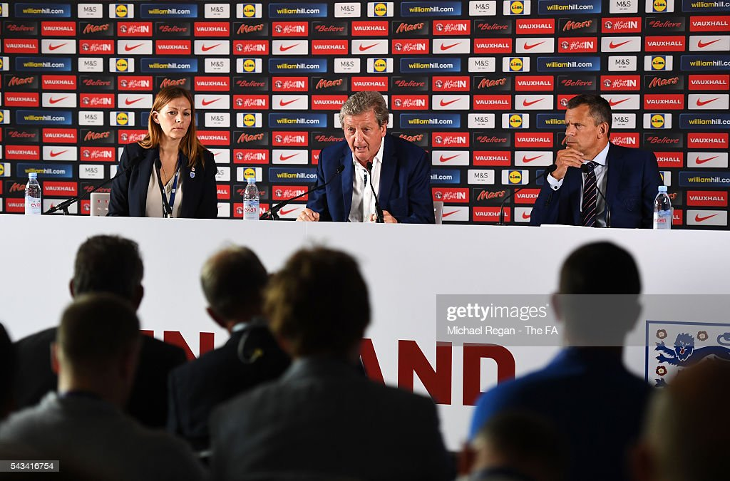 <a gi-track='captionPersonalityLinkClicked' href=/galleries/search?phrase=Roy+Hodgson&family=editorial&specificpeople=881703 ng-click='$event.stopPropagation()'>Roy Hodgson</a> (C) and <a gi-track='captionPersonalityLinkClicked' href=/galleries/search?phrase=Martin+Glenn&family=editorial&specificpeople=3632504 ng-click='$event.stopPropagation()'>Martin Glenn</a> (R), CEO of the FA speak during a press conference on June 28, 2016 in Chantilly, France.