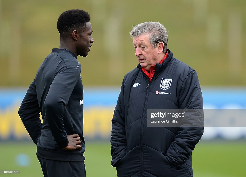 Roy Hodgson of England talks with Danny Welbeck during a training session at St Georges Park on March 19, 2013 in Burton-upon-Trent, England.