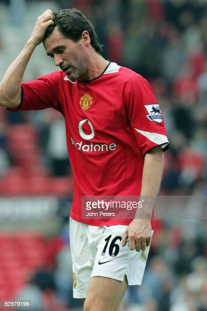 Roy Keane of Manchester United looks disappionted at the final whisle of the Barclays Premiership match between Manchester United and Blackburn...