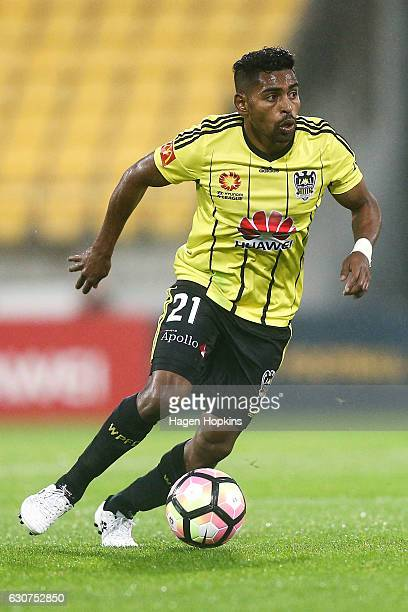 Roy Krishna of the Phoenix in action during the round 13 ALeague match between Wellington Phoenix and Adelaide United at Westpac Stadium on January 1...