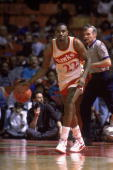 Roy Marble of the Atlanta Hawks dribbles the ball during the NBA game against the Chicago Bulls at the Omni in Atlanta Georgia on January 1 1990 NOTE...