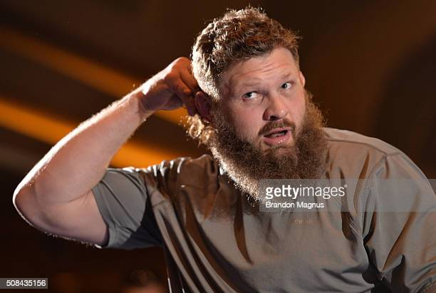 Roy Nelson holds an open training session for fans and media at the MGM Grand Hotel/Casino on February 4 2016 in Las Vegas Nevada