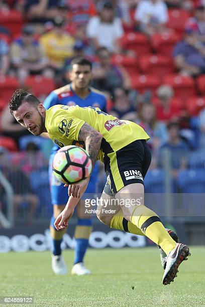 Roy O'Donovan of the Mariners in action during the round seven ALeague match between the Newcastle Jets and the Central Coast Mariners at Hunter...