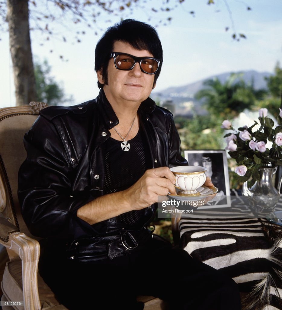 <a gi-track='captionPersonalityLinkClicked' href=/galleries/search?phrase=Roy+Orbison&family=editorial&specificpeople=913944 ng-click='$event.stopPropagation()'>Roy Orbison</a>