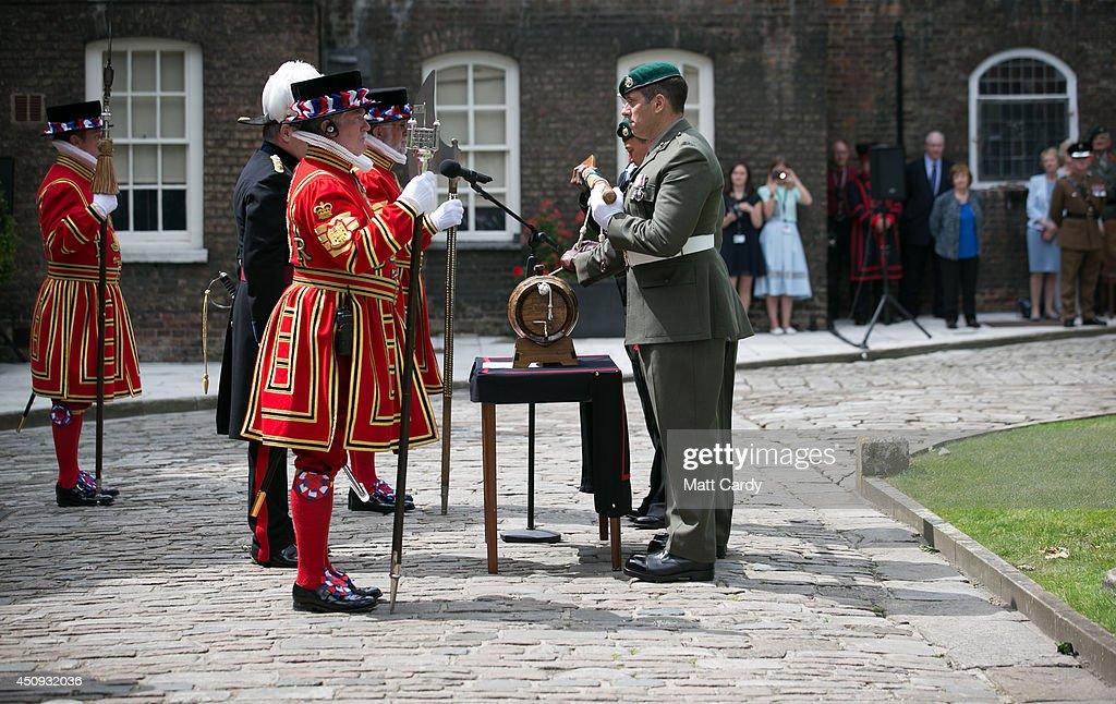 Dating royal marines