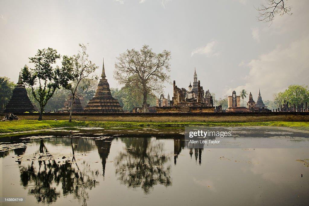 Royal Palace Wat Mahathat : Stock Photo